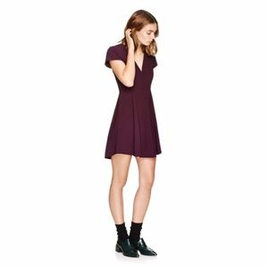 Wilfred for Aritzia  Foucault V-Neck Dress